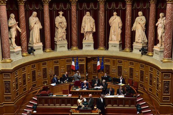 Quels sont les sénateurs corses qui siègeront au Palais du Luxembourg lors des prochaines sessions ?