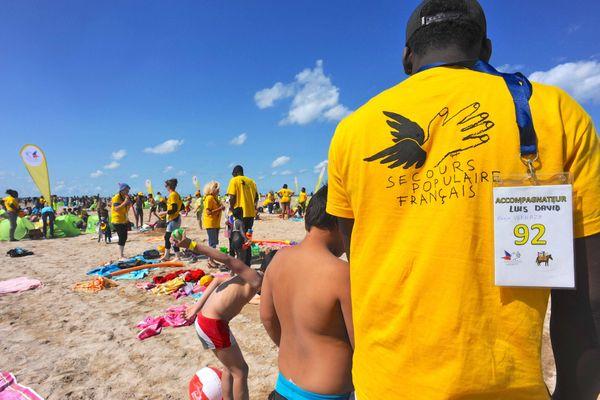 800 personnes défavorisées n'iront pas à la mer cette année. En raison des nouvelles mesures de restriction liées au regain d'épidémie du coronavirus Covid-19, le Secours Populaire du Rhône a du renoncer à sa Journée des oubliés des vacances.