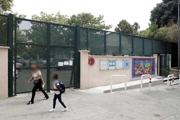 L'école Saint-Barthélémy SNCF, des enfants et des rats.