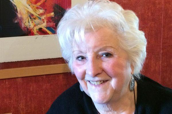 Jacqueline Benoit a été la cuisinière de Johnny Hallyday, pendant six années, de 1990 à 1996. Elle a écrit un livre sur ses recettes préférées.