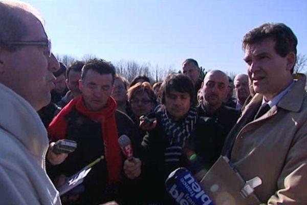 Arnaud Montebourg, lors de sa visite chez Albany en avril 2012, pendant la campagne présidentielle.