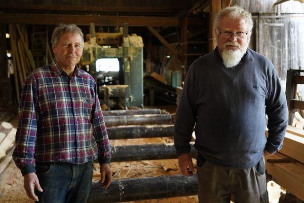 Michel et Christian Grauer, les derniers scieurs de la vallée de Munster.