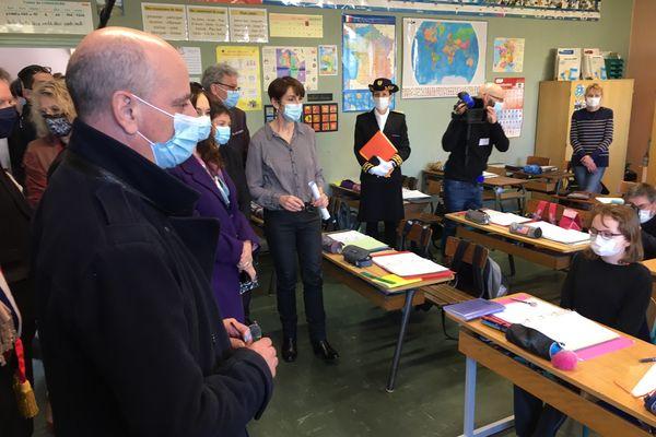 Le ministre de l'Education Jean-Michel Blanquer à l'école de Lavoncourt en Haute-Saône.