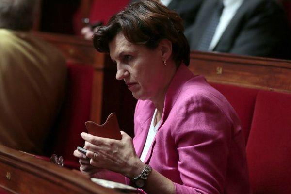 La députée du Doubs Annie Genevard, àl'Assemblée Nationale le 09 juillet 2004.