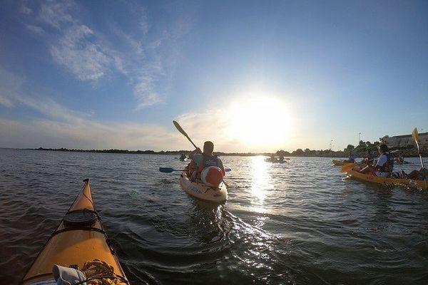 25 activités nautiques en mer, lac ou rivière sont répertoriées dans l'appli montpelliéraine.