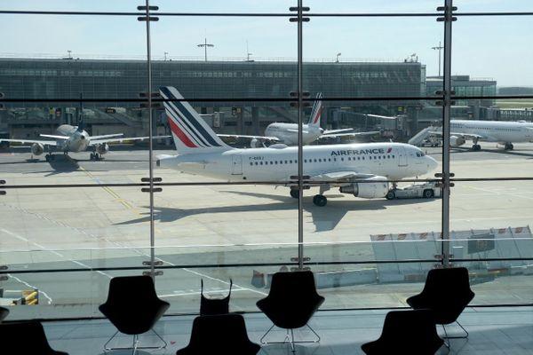 Un Airbus A318 d'Air France sur le tarmac de l'aéroport de Roissy, en mai dernier (illustration).