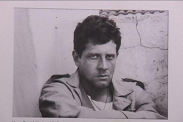 Hugo Pratt, dessinateur et scénariste italien, père de Corto Maltese. Un citoyen du monde ....