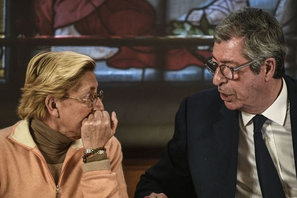 Patrick Balkany et sa femme Isabelle Balkany, le 15 avril à Levallois-Perret (illustration).