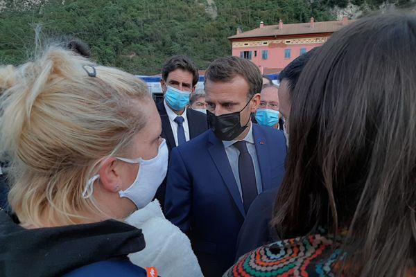 Le président de la République Emmanuel Macron s'est rendu à Tende et à Saint-Martin-Vésubie le mercredi 7 octobre pour rencontrer les habitants sinistrés.
