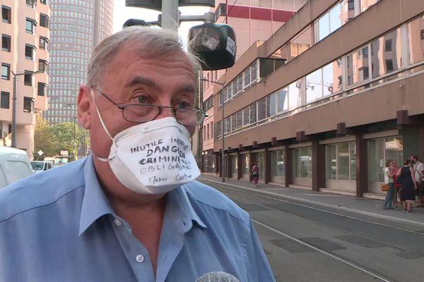 Le Dc Patrick Bellier, pneumologue anti-masque de Sainte-Foy-les-Lyon, convoqué ce vendredi matin (18 septembre) devant le conseil de l'Ordre des médecins du Rhône...