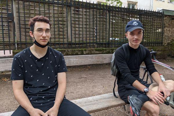 Louis et Nabil s'intéressent davantage à l'avenir de leur planète qu'aux futurs dirigeants