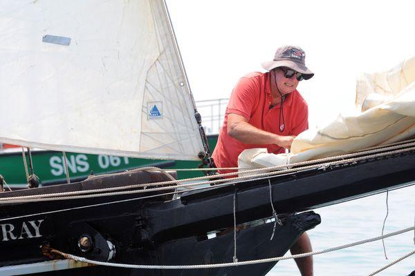 Guy Bernardin sur son voilier Spay of Saint-Briac le 1er juillet 2008