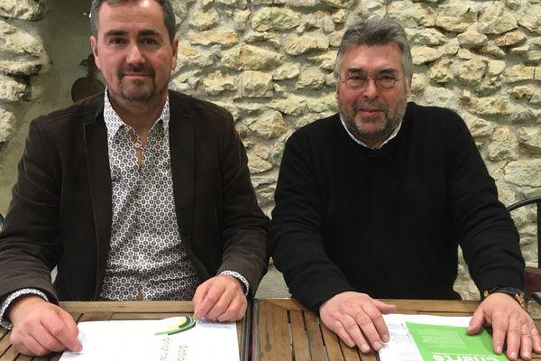 Laurent Daguet (militant associatif) et François Carême (candidat EELV) dans leur local de campagne.