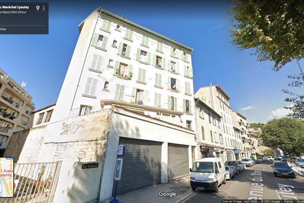 Le sinistre a eu lieu au 2e étage de cet immeuble, à Nice Est.