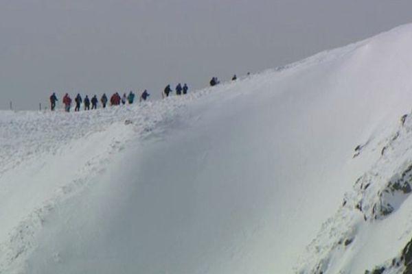 les massifs enneigés des Vosges peuvent aussi être sujets à avalanches