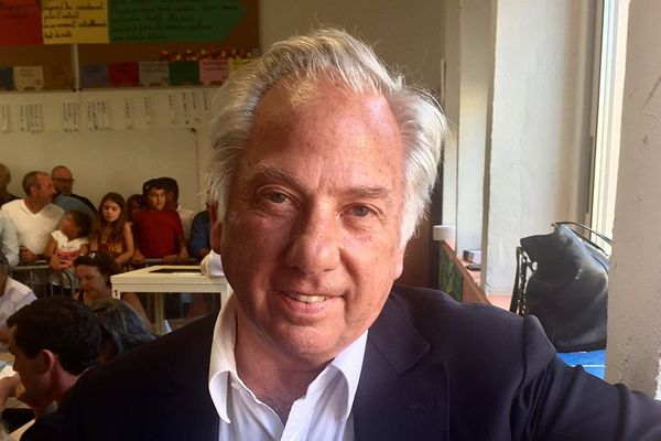 18/06/17 - Le député sortant LR Camille de Rocca Serra, éliminé dans la 2e criconscription de Corse du Sud