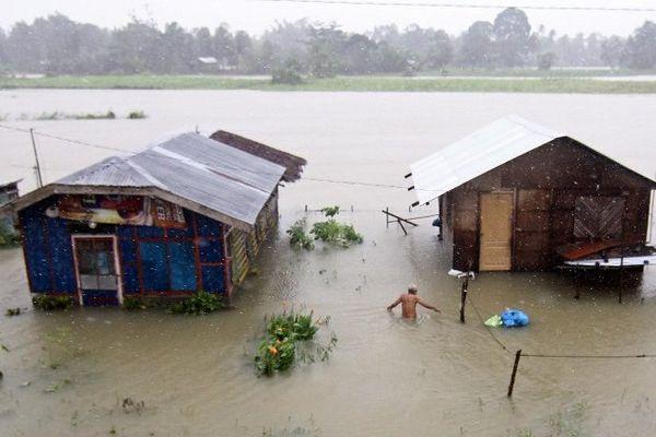 Point de vue image du monde : trop de pluie, à Butuan aussi aux Philippines, où 17 personnes sont portées disparues