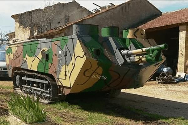Ce char était sur le chemin des dames en octobre 1917, il est menacé de destruction