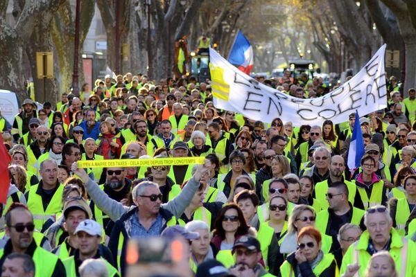 Manifestation des gilets jaunes à Narbonne, le 1er décembre
