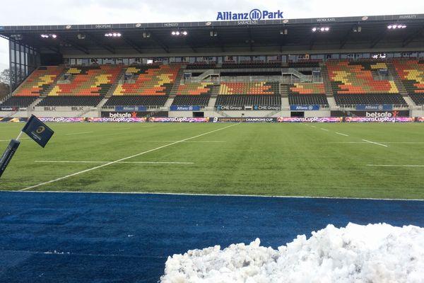 Saracens-ASM : à Londres, l'Allianz Park, fermé en raison des chutes de neige le dimanche 10 décembre, sera accessible pour la rencontre choc de la Coupe d'Europe lundi 11 décembre à 18h30 heure française (17h30 heure locale).