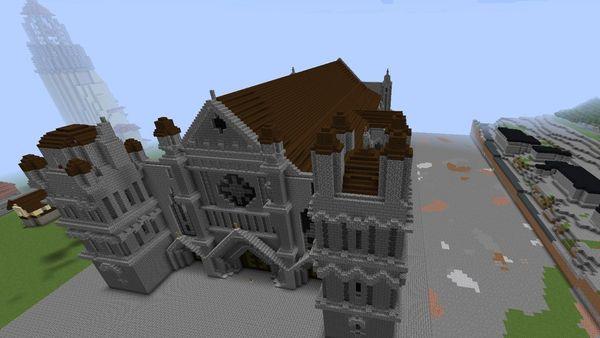 l'Église St-Pierre, en construction