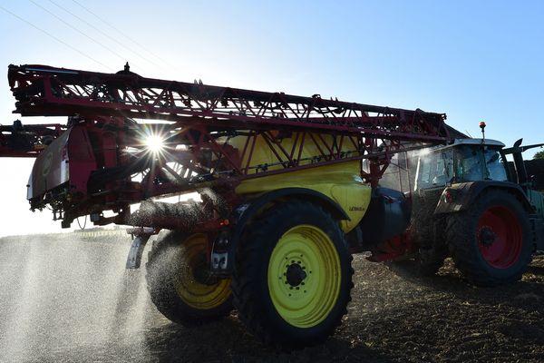 Le date de retrait du glyphosate ne sera pas inscrite dans la loi agriculture et alimentation