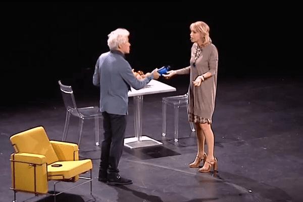 """A voir à Sarlat, Fanny Cottençon et Jean-Luc Moreau dans la pièce """"On ne se mentira jamais"""" d'Eric Assous"""