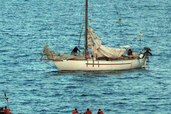Le voilier Tanit au moment de la prise d'otages, en avril 2009