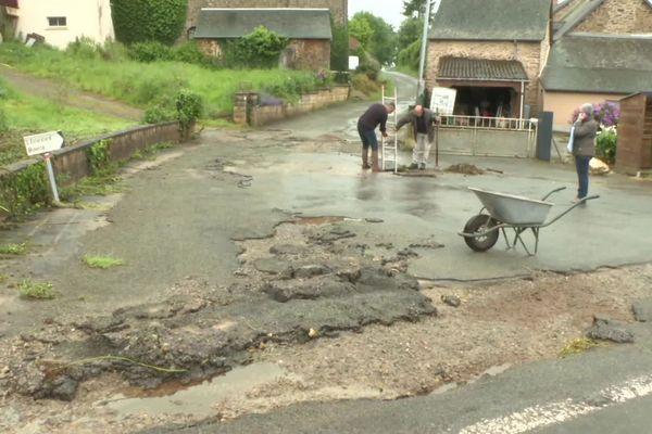 Inondations et coulée de boue à l'Eclardière, sur la commune de la Chapelle-Janson, près de Fougères (Ille-et-Vilaine) le 10 mai 2020