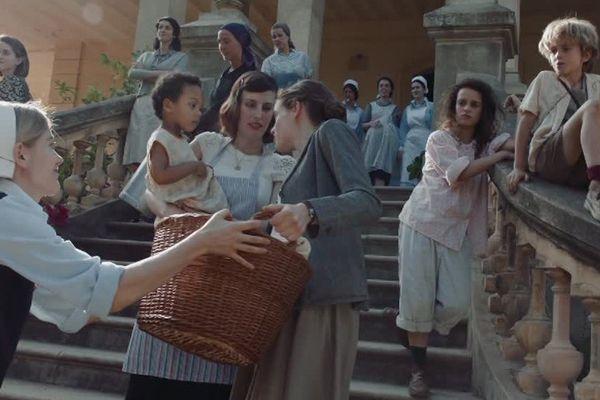 """Image extraite du téléfilm """"La llum d'Elna"""" sur la maternité d'Elne pendant la seconde guerre mondiale - mars 2017."""