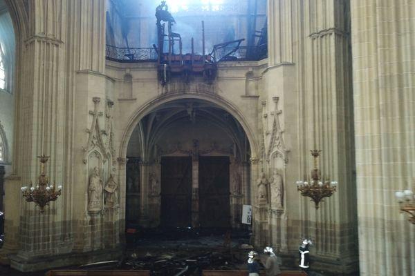 À l'intérieur de la cathédrale de Nantes le 18 juillet 2020
