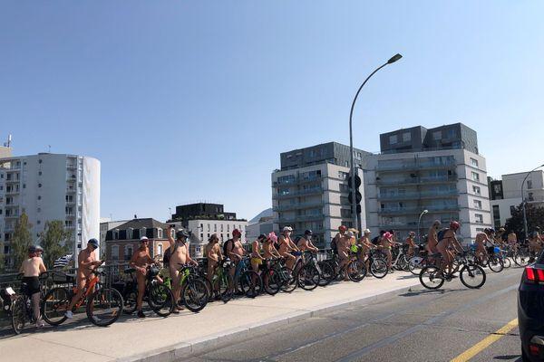 Les cyclistes interdits de centre-ville, ont pu le contourner