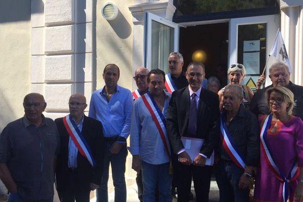 Le maire de Sisco, Ange-Pierre Vivoni, a reçu le soutien de nombreux maires lors de l'audience au tribunal administratif de Bastia.