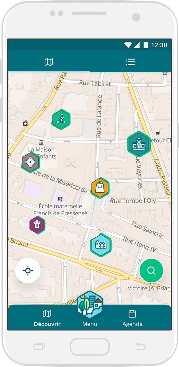 """Une carte indique à l'utilisateur les lieux référencés autour de lui, ainsi que leur """"impact positif"""""""