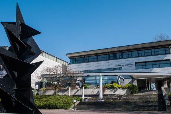 Le musée de Grenoble avait déjà fermé ses portes depuis l'interdiction des rassemblements de plus de 100 personnes.