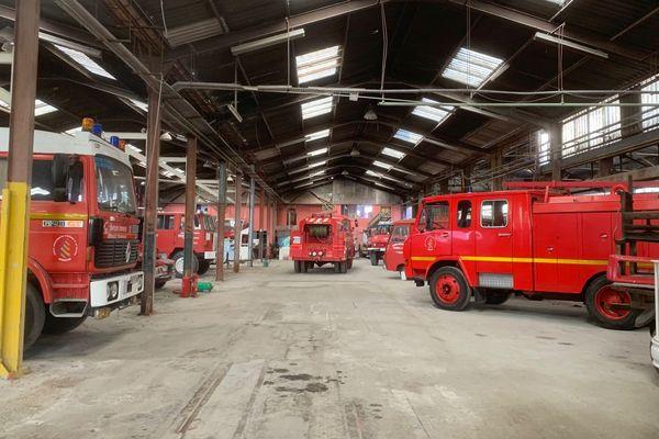 Les camions de l'association Mémoires Sapeurs Pompiers de l'Ardèche