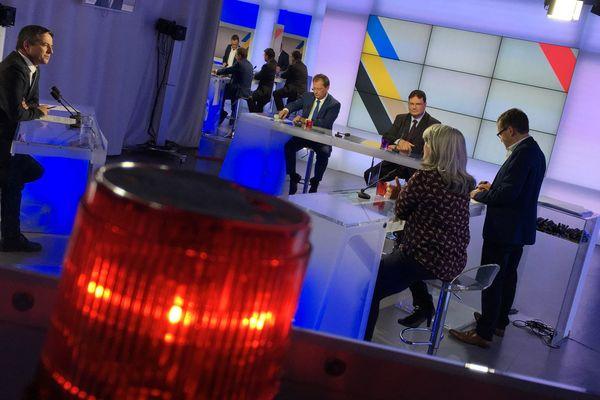 Comprenez-vous la colère des policiers ? Débat de Dimanche en politique ce 21 octobre à 11h30 sur France 3 Normandie
