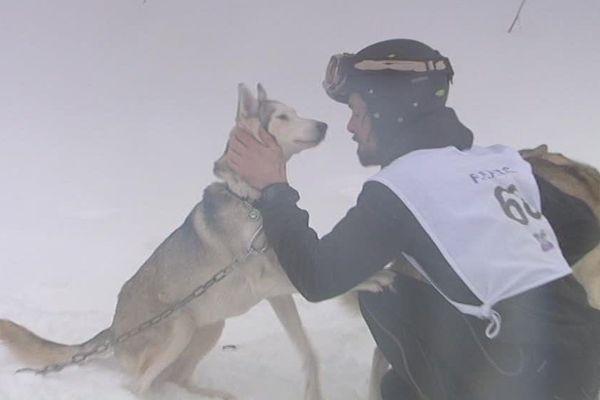 Rodéric est venu de Belgique avec ses deux chiens