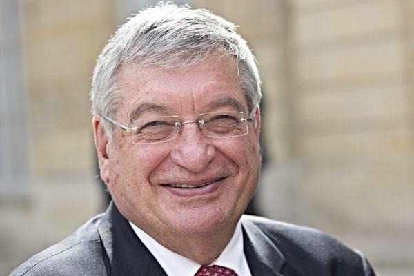 Jacques Auxiette, président du Conseil régional préfère les coopérations régionales entre Pays de la Loire et Bretagne à une fusion dans une grande région Ouest