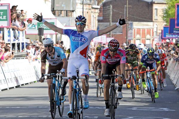 Arnaud Démare vainqueur au sprint à Saint-Quentin