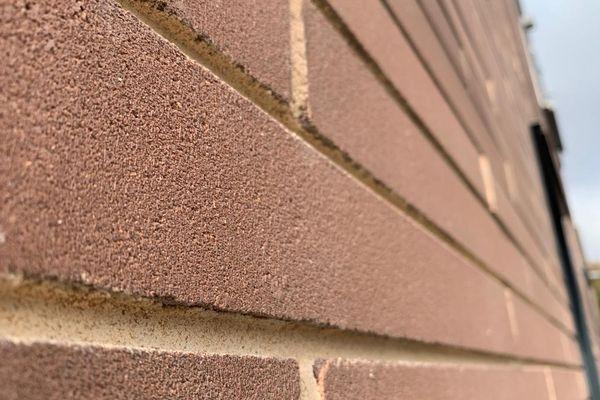 Les briques dépolluantes sont fabriquées en Italie.
