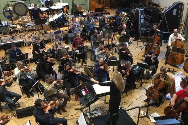 Les musiciens de l'Orchestre symphonique de Bretagne en pleine répétition du Video games live, sous la houlette de Eimear Noone