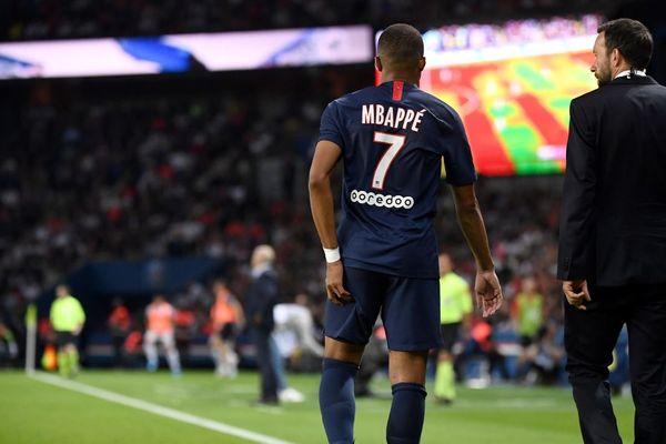 Kylian Mbappé, touché à la cuisse au cours du match face à Toulouse.
