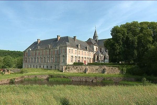 L'abbaye de Saint Michel, dite Saint-Michel en Thiérache, dans l'Aisne, accueille chaque année depuis plus de 30 ans un festival de musique ancienne et baroque.
