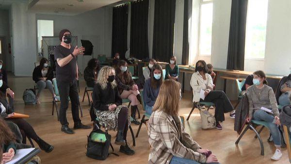 Des rescapés du Bataclan témoignent devant les lycéens de Tulle