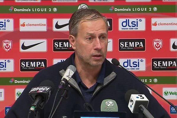 Alain Perrin ne sera plus l'entraîneur de l'Asnl l'année prochaine.