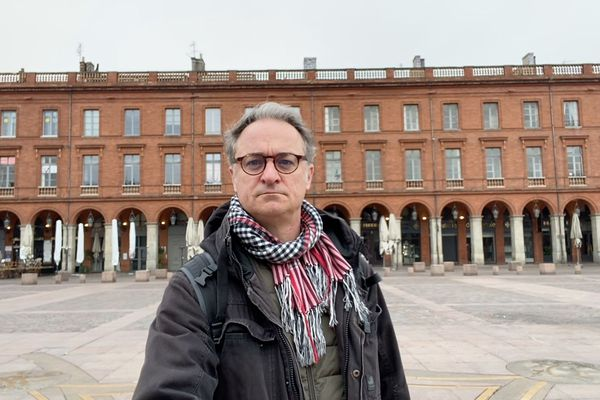 Patrick Schulze-Heil, journaliste, filme son quotidien