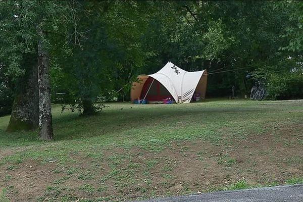 Le camping de Nexon en Haute-Vienne