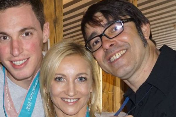 Avec Bruno Massot et sa partenaire allemande Aljona Savchenko après son titre olympique, en avril 2018