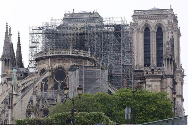 Notre-Dame de Paris, après l'incendie.